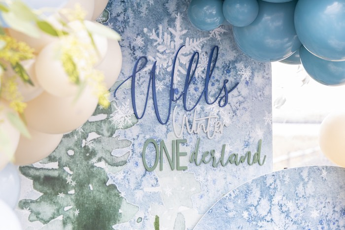 Custom Winter ONEderland Snowflake Backdrop from a Winter ONEderland Birthday Party on Kara's Party Ideas | KarasPartyIdeas.com (12)