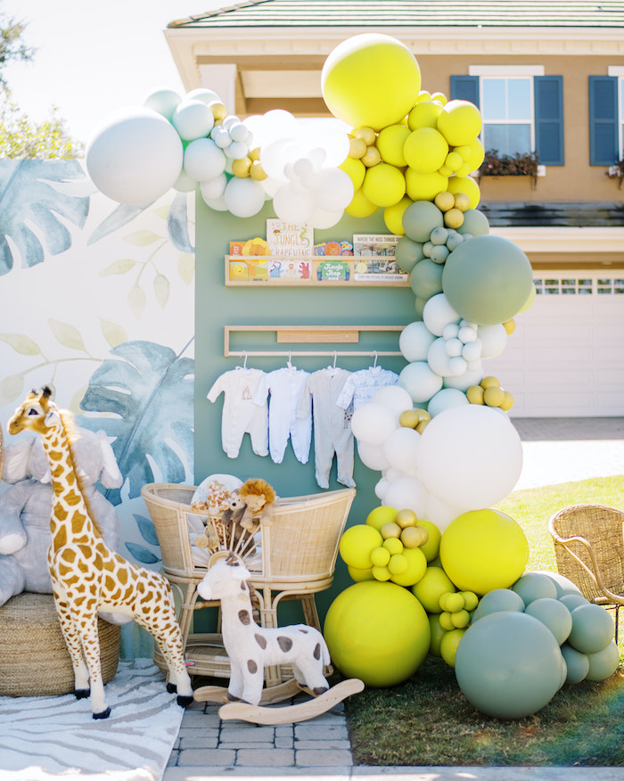 Modern Safari Drive-By Baby Shower on Kara's Party Ideas | KarasPartyIdeas.com (15)