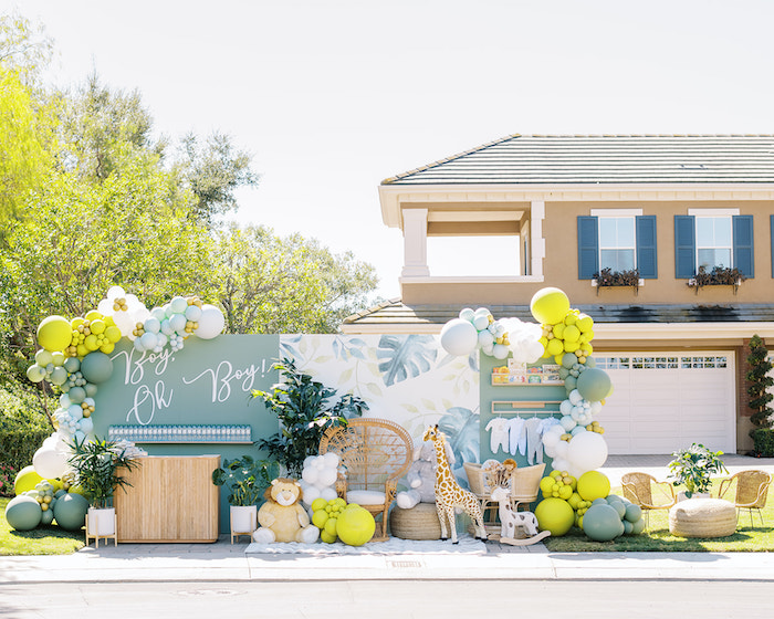 Modern Safari Drive-By Baby Shower on Kara's Party Ideas | KarasPartyIdeas.com (4)