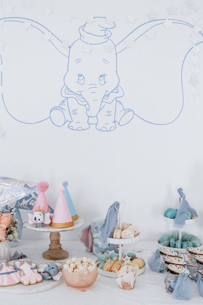 Dumbo Party Table from a Pastel Dumbo + Circus Birthday Party on Kara's Party Ideas | KarasPartyIdeas.com (16)