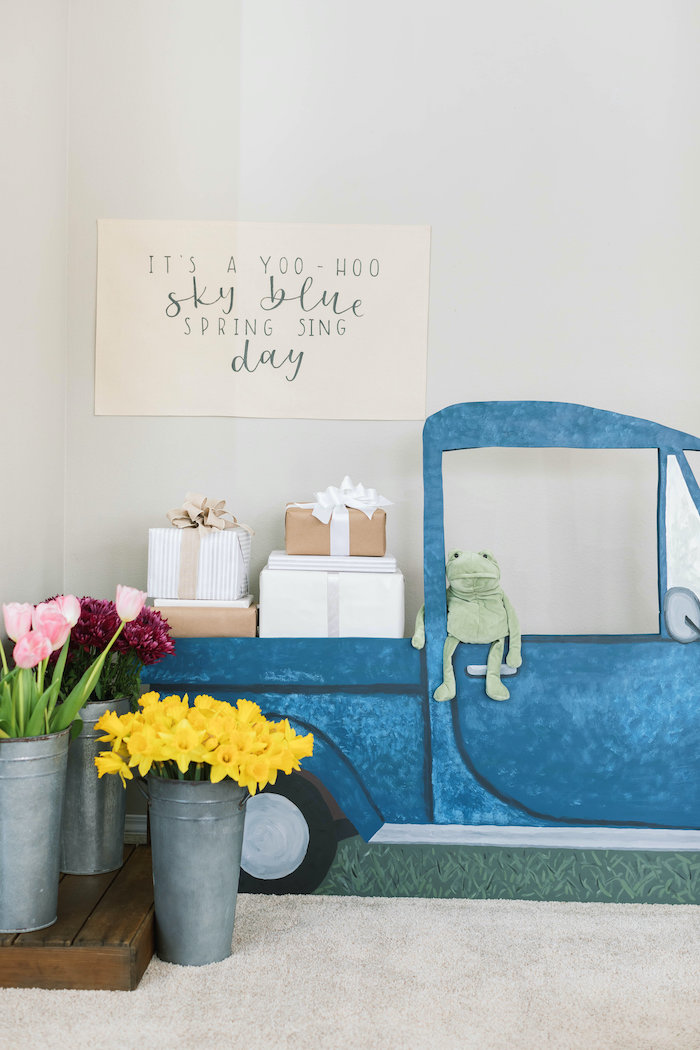 """""""Little Blue Truck Backdrop + Photo Booth from a """"Little Blue Truck"""" Inspired Birthday Party on Kara's Party Ideas 