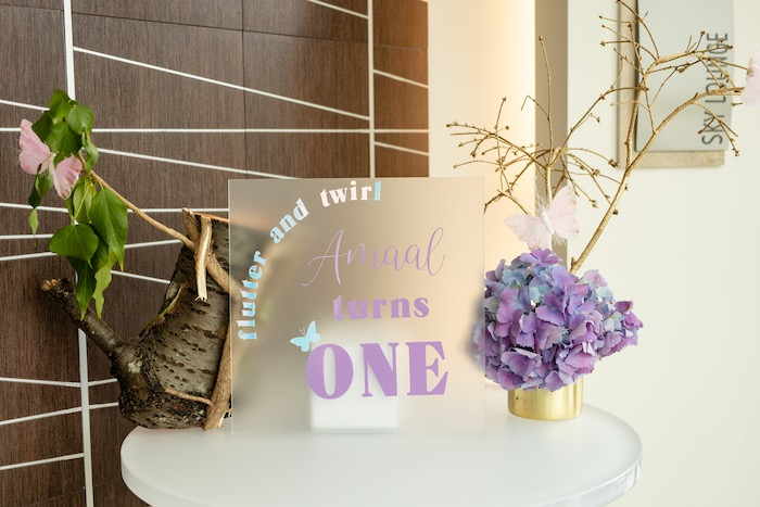 Flutter and Twirl Acrylic Welcome Sign + Garden Table from a Spring Enchanted Forest Party on Kara's Party Ideas | KarasPartyIdeas.com (15)