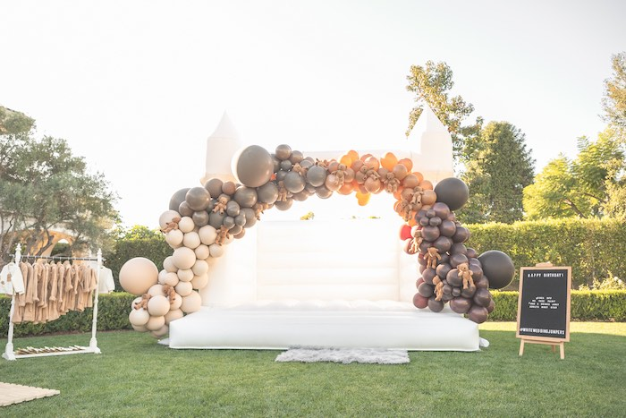 Balloon Arch-adorned Jumper + Bounce House from a Teddy Bear Birthday Party on Kara's Party Ideas | KarasPartyIdeas.com (16)