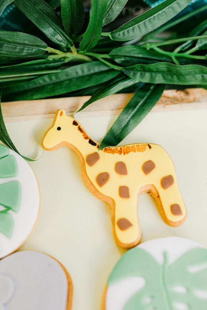 Giraffe Cookie from a Wild Safari Baptism Party on Kara's Party Ideas   KarasPartyIdeas.com (23)