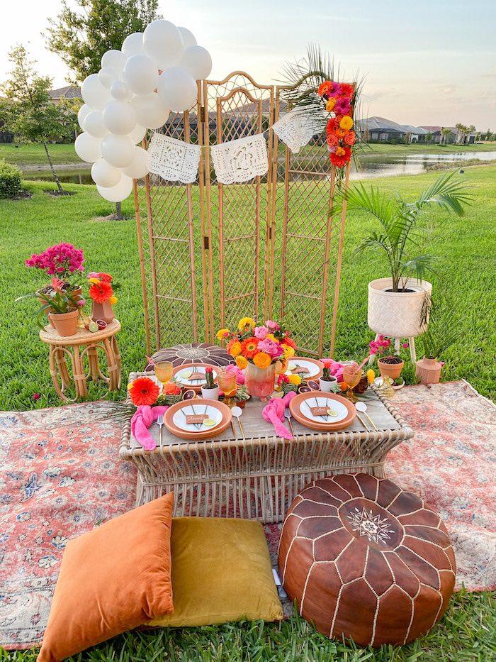 Tropical Fiesta Dining Table from a Tropical Palm Springs Fiesta on Kara's Party Ideas | KarasPartyIdeas.com