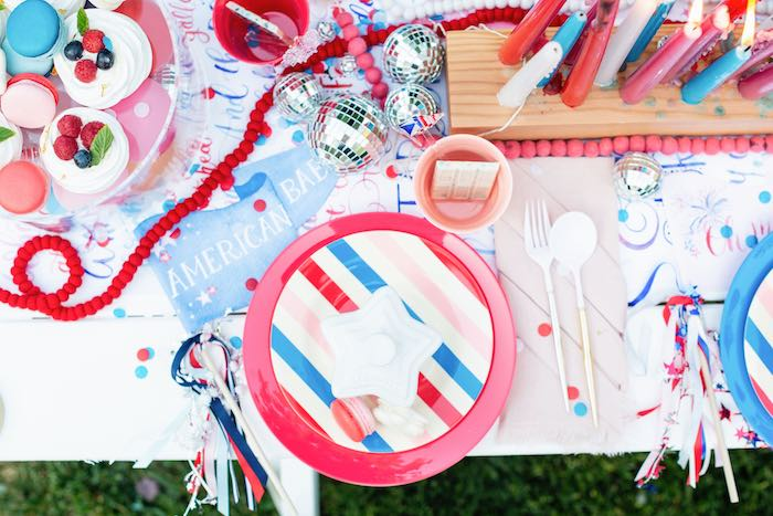 4th of July Guest Table + Table Setting from a Modern Americana 4th of July Party on Kara's Party Ideas | KarasPartyIdeas.com