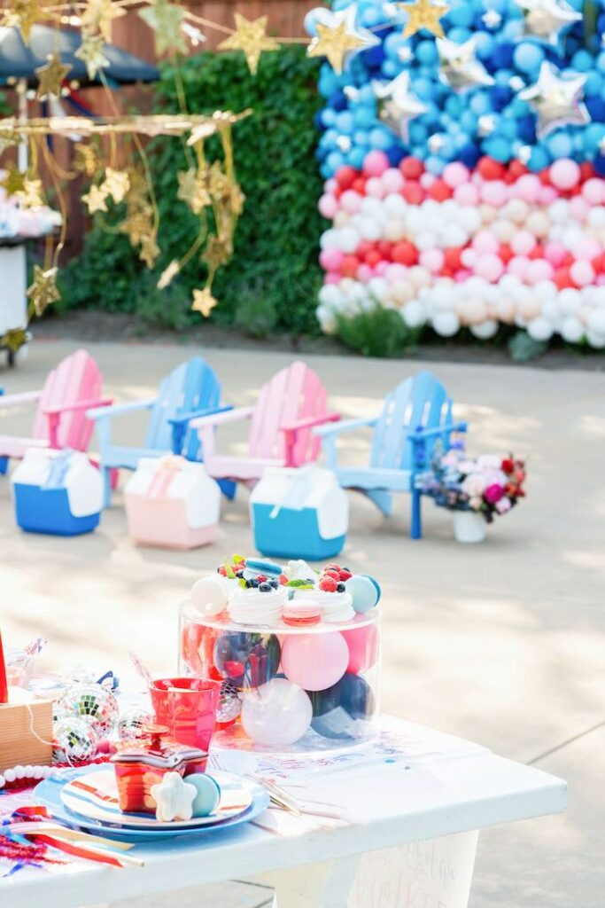 4th of July Guest Table from a Modern Americana 4th of July Party on Kara's Party Ideas | KarasPartyIdeas.com