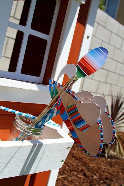 7th birthday mexican fiesta photobooth props | Kara's Party Ideas