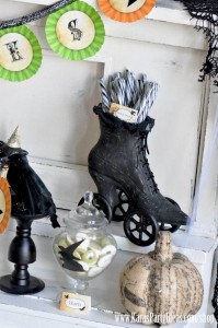 Witches Ball Halloween Party via Kara's Party Ideas Ideas -www.KarasPartyIdeas.com-shop-108