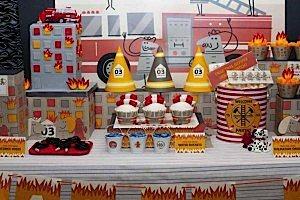 firemanbirthdaypartyfiretruckdesserttable-center_600x400