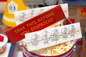firemanbirthdaypartyfiretruckdesserttable-popcornbags_600x400
