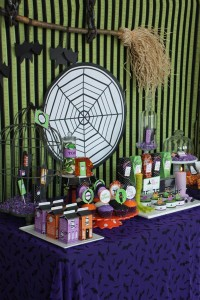 image1 halloween glam haunted house party_600x900